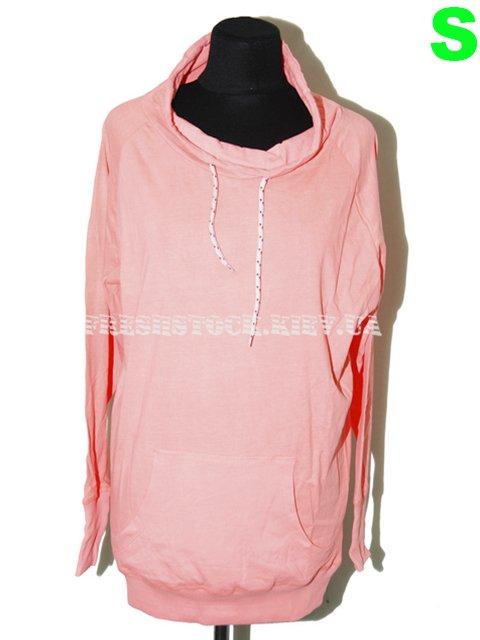 Стоковая одежда Terranova